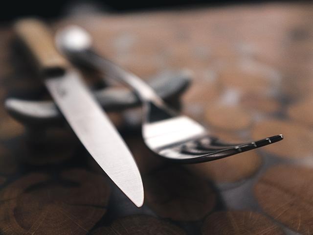 【改めて知りたい世界の食作法】生と死をつなぐ橋?箸のタブーとは