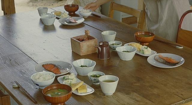 【おいしい映画】『かもめ食堂』好きなら必見!与論島で丁寧・素朴な朝ごはん